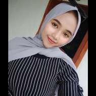 Iis Santika Dewi